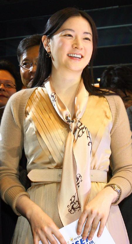 イ・ヨンエ画像20081209.jpg